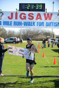 Jigsaw Race for Autism in East Islip 0338
