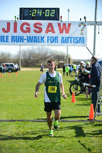 Jigsaw Race for Autism in East Islip 0368