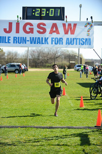 Jigsaw Race for Autism in East Islip 0349