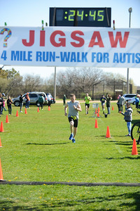 Jigsaw Race for Autism in East Islip 0381