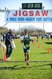 Jigsaw Race for Autism in East Islip 0354