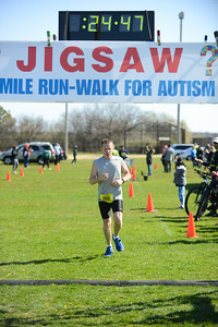Jigsaw Race for Autism in East Islip 0382