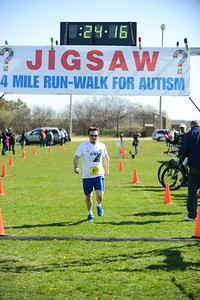 Jigsaw Race for Autism in East Islip 0377