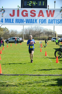 Jigsaw Race for Autism in East Islip 0373