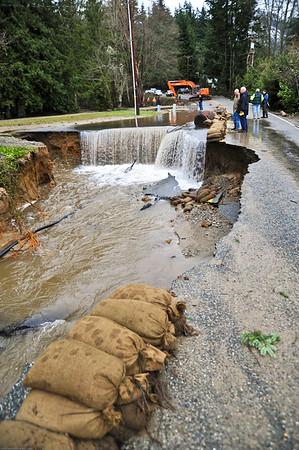 SRP_1211_Comcast Lake Samish Flood_Lake Samish Road Flood