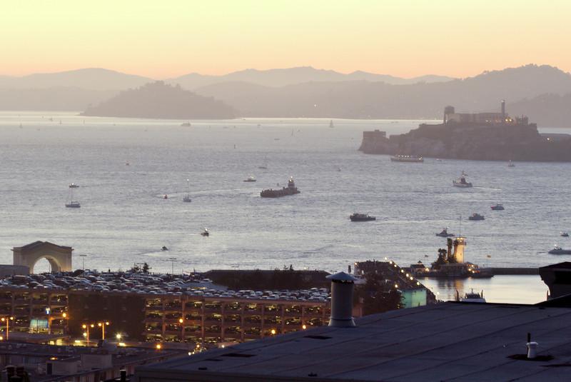 The scene before the show...between Alcatraz & Fisherman's Wharf.