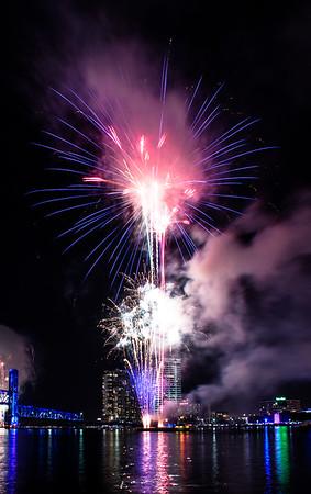July 4th Fireworks at Jacksonville Landing