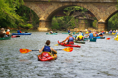 IMGP4711: Saturday, June 2nd, 2007: Paddlers pass under the Reading, Blue Mountain & Northern Railroad stone archway bridge located south of the Auburn Dam.