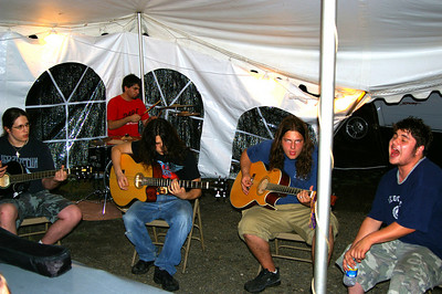 IMGP 1327a: Friday, June 1st, 2007: KISS THE SKY, a local acoustic group provided excellent entertainment.  This is a preview of what their show will be during the upcoming Islandfest to be held Saturday, August 18th.