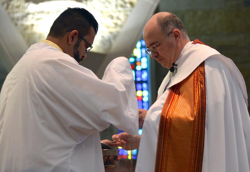 Novice Juan Carlos Castañeda Rojas with Fr Stephen Huffstetter