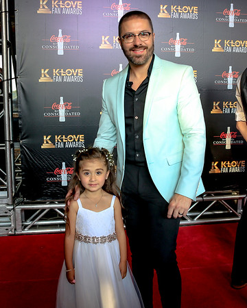 Male Artist of the Year: Danny Gokey / Danny and his daughter Victoria on the red carpet