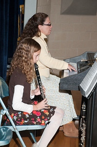 Patriot photos by Scott Weldon Guests are entertained by Marina Snell on clarinet and Kathy Mohler on piano at the KASD Thanksgiving Community Potluck Dinner on Nov. 21.