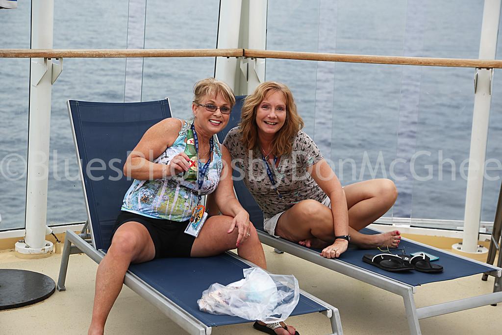 Cruise friends