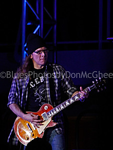 Joe Bonamassa band member