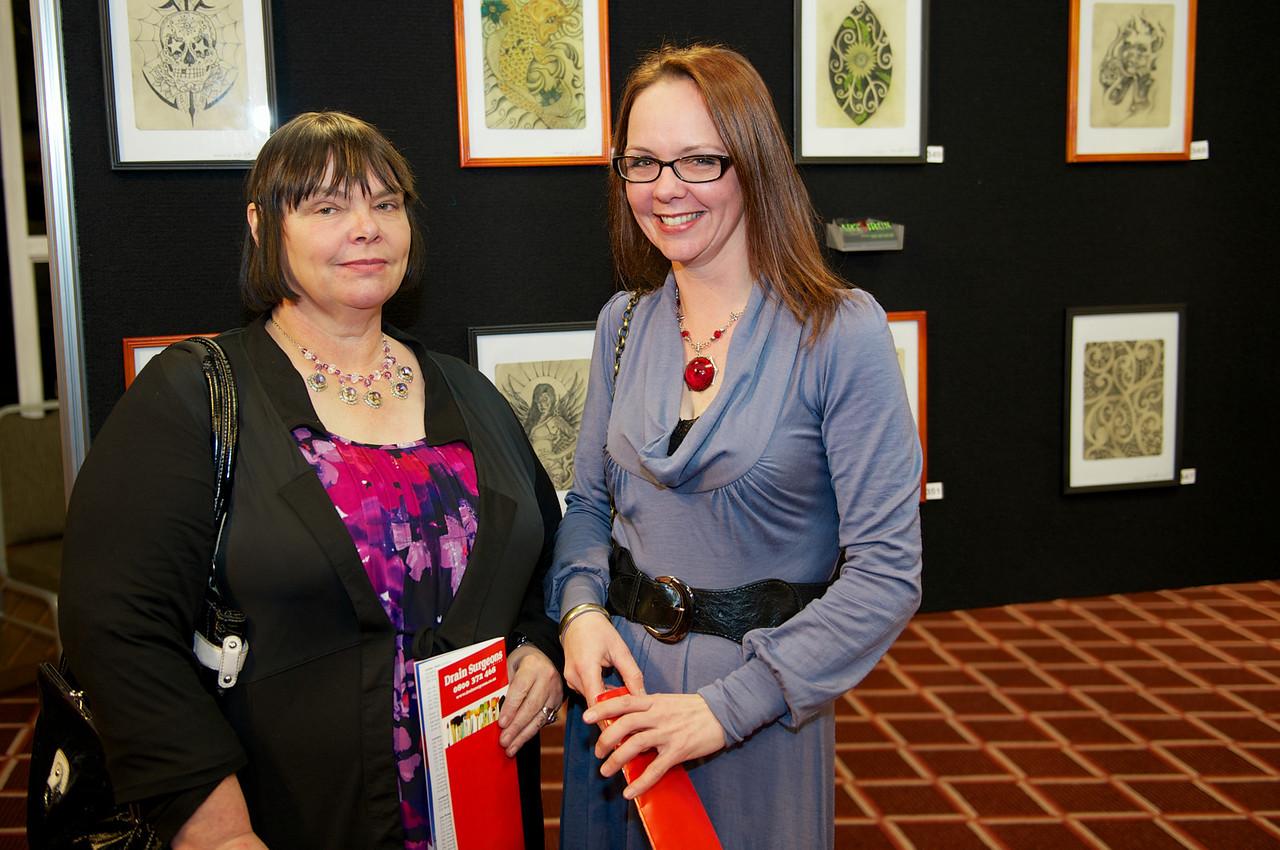 Belinda Gregg & Glenda Miller<br /> KaiapoiArtExpo_2012-07-20_19-03-49__DSC3369_©RichardLaing(2012)