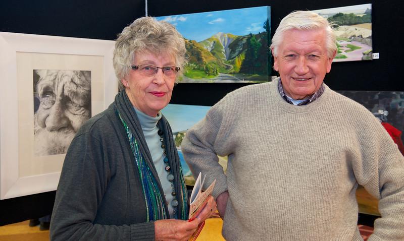 Fay Atkins & Ron Yates<br /> KaiapoiArtExpo_2012-07-21_12-04-36__DSC3730_©RichardLaing(2012)