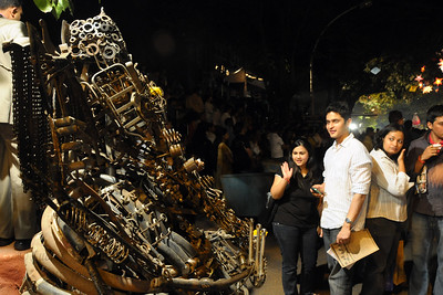 Curious crowds at the re-cycled Ganesha idol. The Kala Ghoda Arts Festival held for nine days annually in February at Kala Ghoda, Mumbai. This year it was held from 7th February to 15th February 2009.