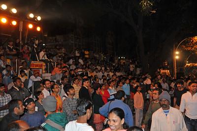 Large crowds gather at Kala Ghoda Arts Festival 2008 held annually in February at Kala Ghoda, Mumbai, MH, India.