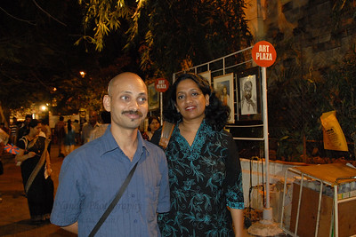 Our artist friend Ramesh Thorat with Anu (Arundhathi) near Jehangir Art Gallery at the Kala Ghoda Arts Festival, Feb 2007