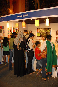 Visitors to the various NGO stalls at the Kala Ghoda Arts Festival, Feb 2007