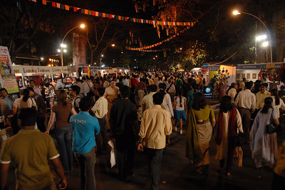 Visitors to Kala Ghoda Arts Festival, Feb 2007