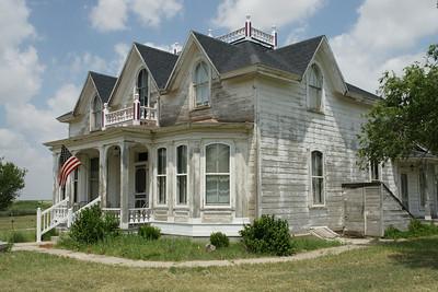 Clark-Robidoux House built in 1880