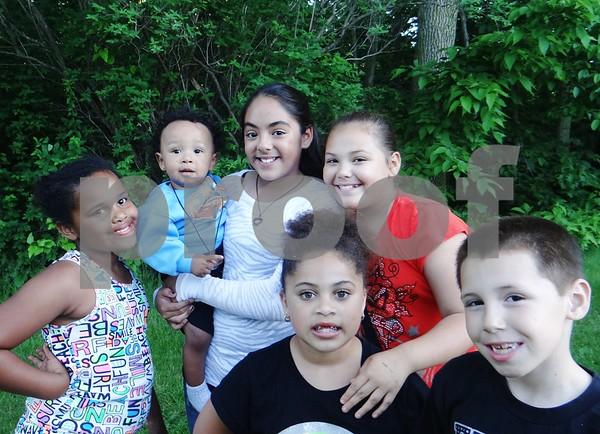 Ayanna Foy, Ayzon McDonnell, Arissa Echevarria, Elveda Echevarria, Aareyah Brown and Ramon Vasquez