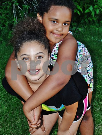 Aareyah Brown and Ayanna Foy