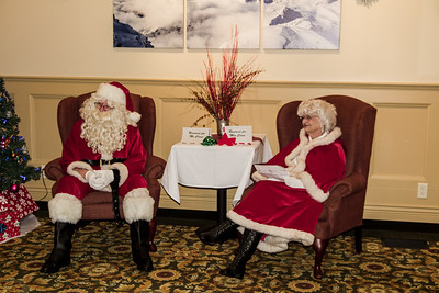 Mr & Mrs Claus in repose