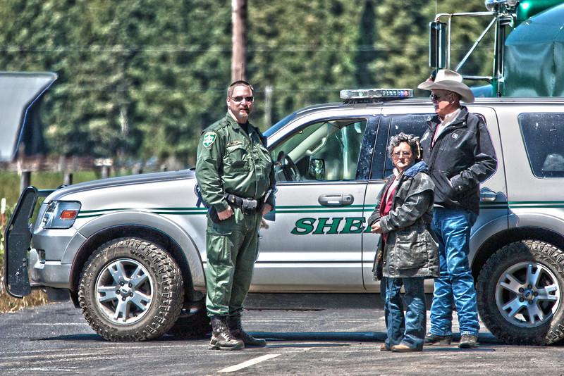 Sheriff Ritoch controling traffic