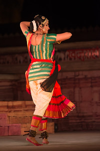 Lavanya Sankar is a Bharatanatyam dancer. She started at the tender age of four when she came under the tutelage of the noted Guru Kalaimamani Smt. K.J. Sarasa of Sarasalaya.   Khajuraho Dance Festival 22nd Feb'17.