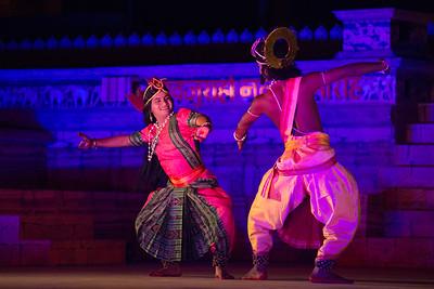 Mayurbhanj Chhau dance by Shri Sadashiva Pradhan from Bhubaneswar, Odisha, India.  Khajuraho Dance Festival 22nd Feb'17.