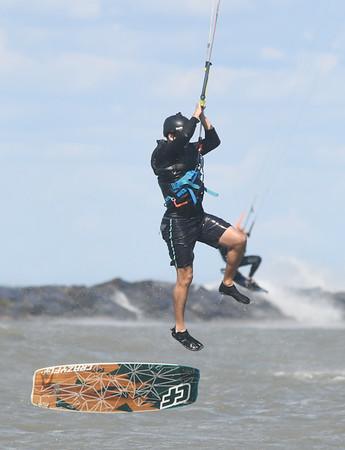 0927 wind surf 1