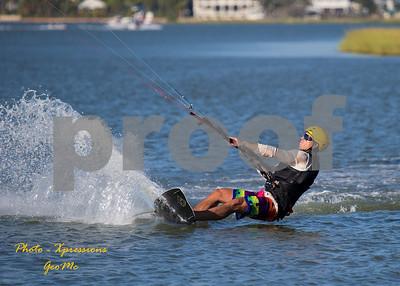 CL9Q1628-kite-surfing