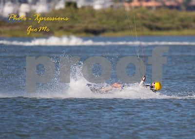 CL9Q1834-kite-surfing
