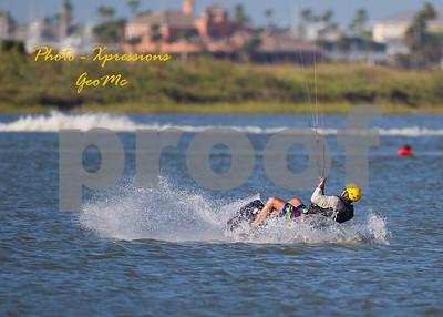 CL9Q1830-kite-surfing