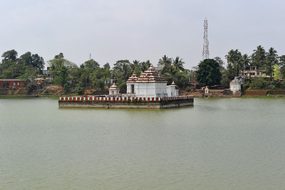 Pond at the famous temple in Bhubaneshwar, Orissa, India.