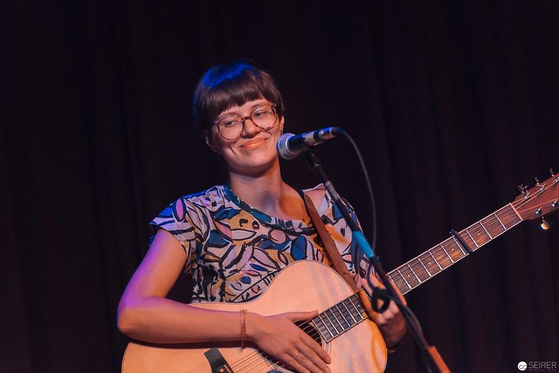 Ella Deer Live Konzert im Cafe Carina