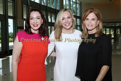 IMG_9544 Laurie Silvers, Loretta Neff & Sherry Endelson