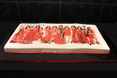 anniversary cake photo  by Rob Rich © 2011 robwayne1@aol.com 516-676-3939