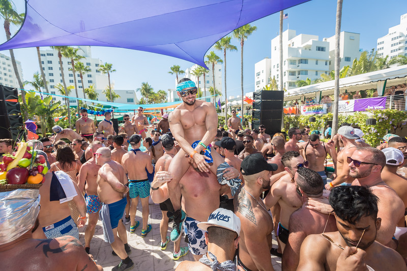 2018-03-03a Pool Party @ Surfcomber - Denis Largeron Photography