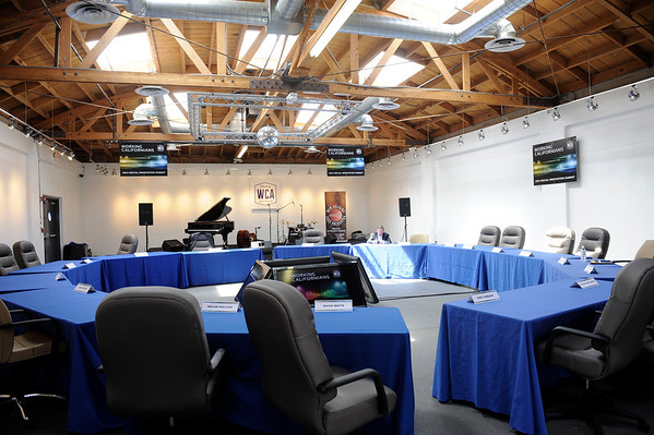 LOS ANGELES, CA - WORKING CALIFORNIANS SOCIAL INNOVATION SUMMIT WAS HELD IN THE ART DISTRICT IN LOS ANGELES CALIFORNIA ON APRIL 10, 2014. (Photos by Valerie Goodloe