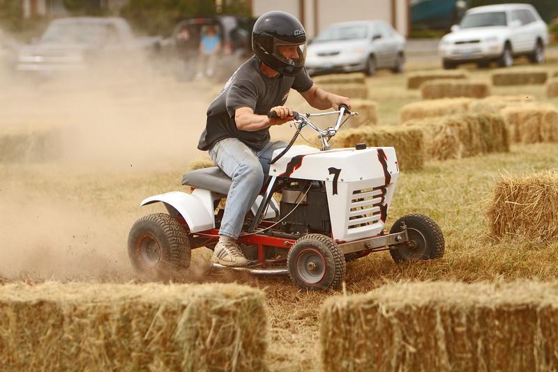 La Center Lawn Mower Races - 2010