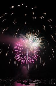 lbfireworks2015adjlg-0100