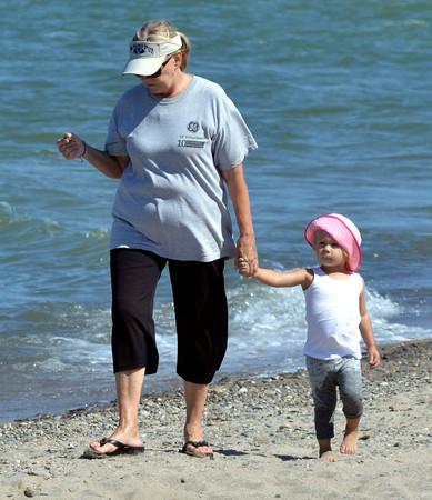 0921 beach walkers 2