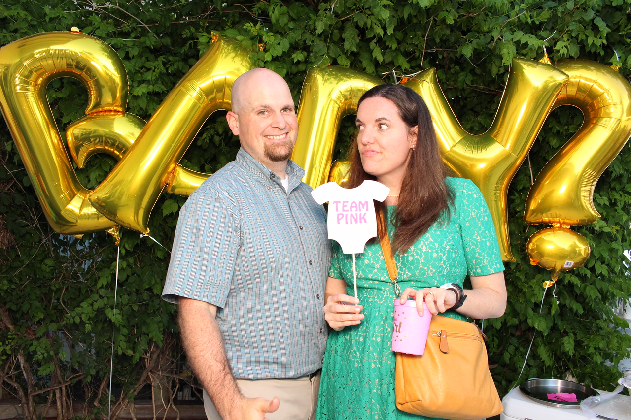 2017May27-GenderReveal-Photobooth-0120