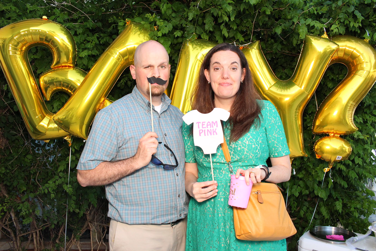 2017May27-GenderReveal-Photobooth-0121