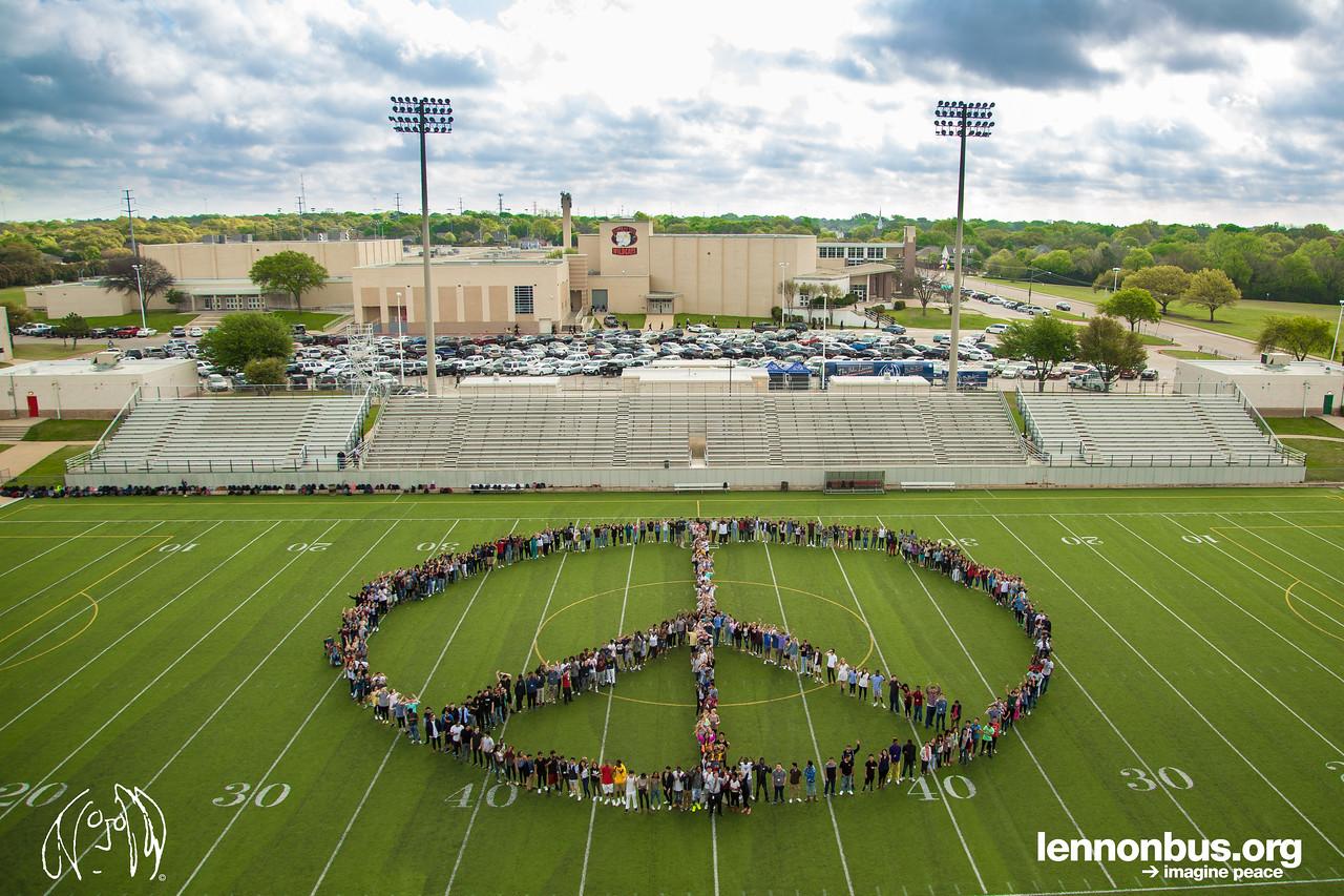 2017_03_23, Dallas, Lake Highlands High School, TX, Peace Sign