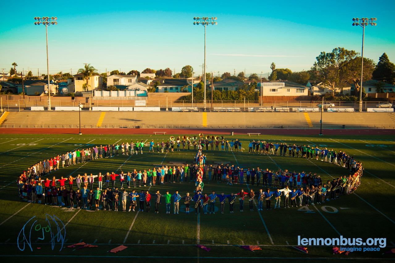 2012_10_25, Torrance, CA, Peace Sign Photo, Student Tours, West High School,