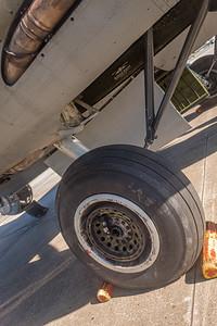 B17BomberPlane-LeesburgAirport-0044